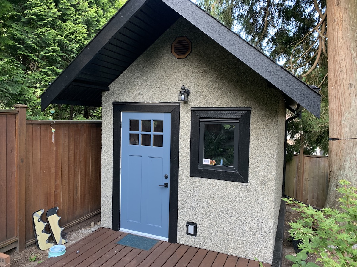Custom Shed Rock Dash Stucco Port Coquitlam